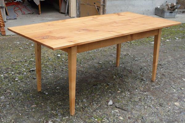 Biedermeierstuhl,  Tisch