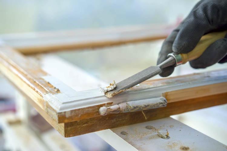 Holzrahmen restaurieren