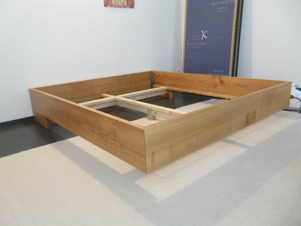 Entstehung eines neuen Holzbettes